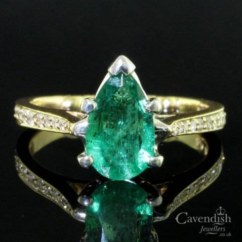 14ct Gold Pear Cut Emerald & Diamond Solitaire Ring
