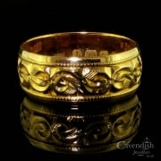 Antique 22ct Gold Floral Pattern Wedding Band Ring