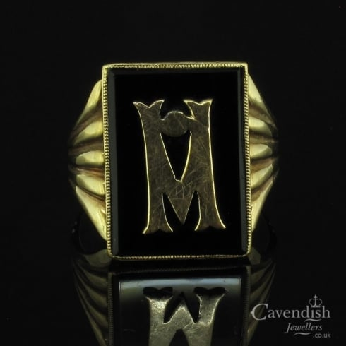 Attractive Yellow Gold & Onyx Initial Signet Ring
