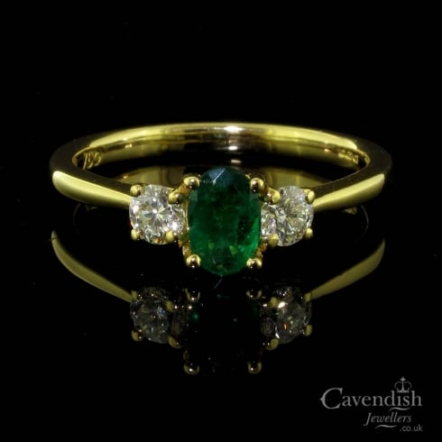 Beautiful 18ct Gold, Emerald And Diamond Trilogy Ring