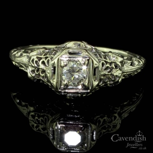 Beautiful 18ct White Gold And Diamond Filigree Solitaire Ring