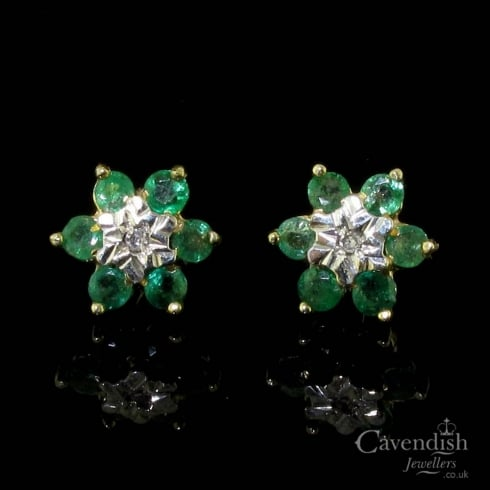 Charming Emerald and Diamond Stud Earrings