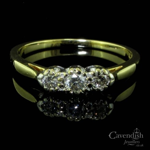 Delightful 18ct Gold And Diamond Trilogy Ring