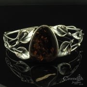 Delightful Leaf Design Amber Bangle