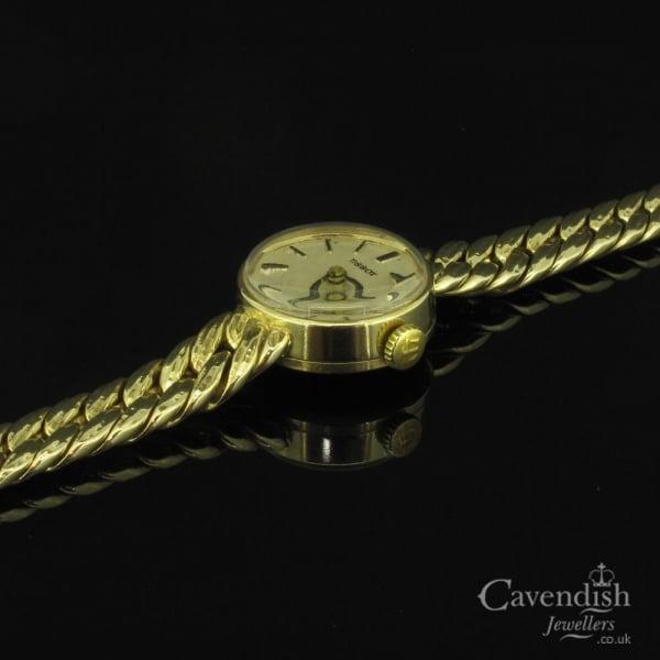 Elegant 9ct Gold Tissot Vintage Ladies Watch