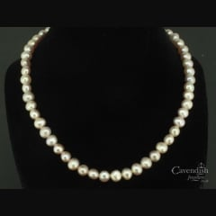Elegant pink cultured pearl necklace