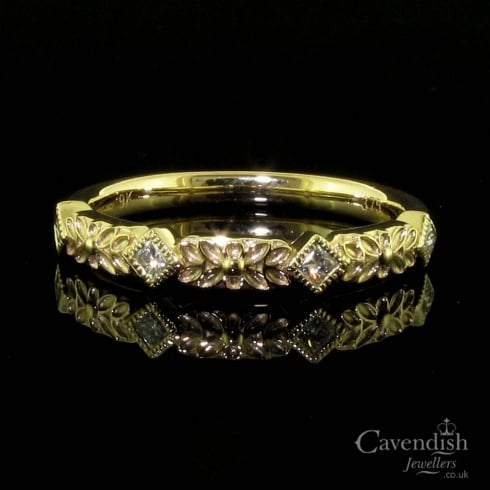Enchanting 9ct Gold Diamond Half Eternity Ring