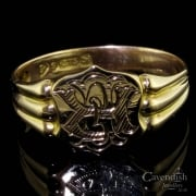 Exceptional 9ct Gold Engraved Shield Signet Ring
