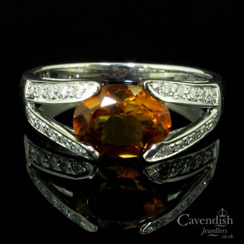 Gorgeous 18ct White Gold, Citrine And Diamond Ring