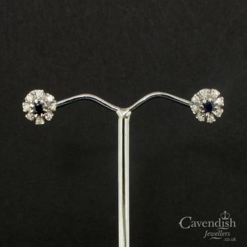 Gorgeous 18ct White Gold Sapphire & Diamond Cluster Earrings