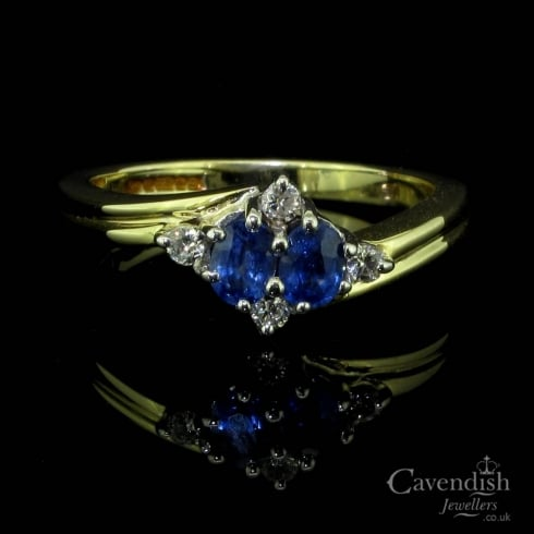 Gorgeous 9ct Gold, Sapphire And Diamond Twist Ring