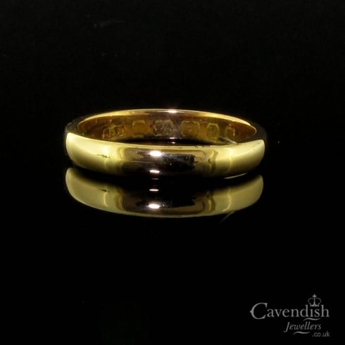 Handsome 22ct Gold Diamond Wedding Band Ring