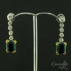 Impressive Gold Green Agate and Diamond Drop Earrings