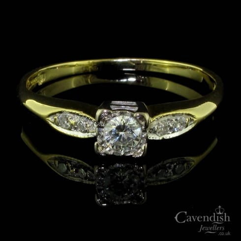 Pleasing 18ct Gold And Diamond Solitaire Ring