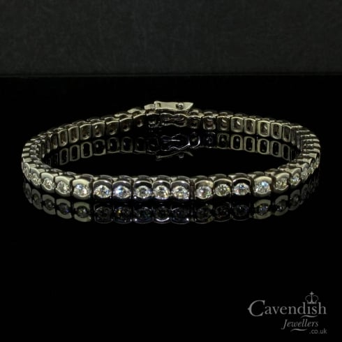 Scintillating 18ct White Gold And Diamond Line Bracelet