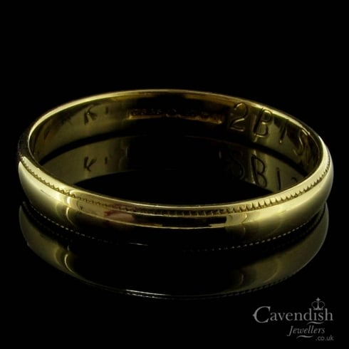 Simple 18ct Gold Millegrain Edged Wedding Band