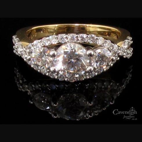 Spectacular 18ct Gold Diamond Trilogy Ring