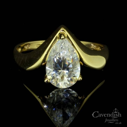 Striking 14ct Gold & Pear Cut Cubic Zirconia Ring