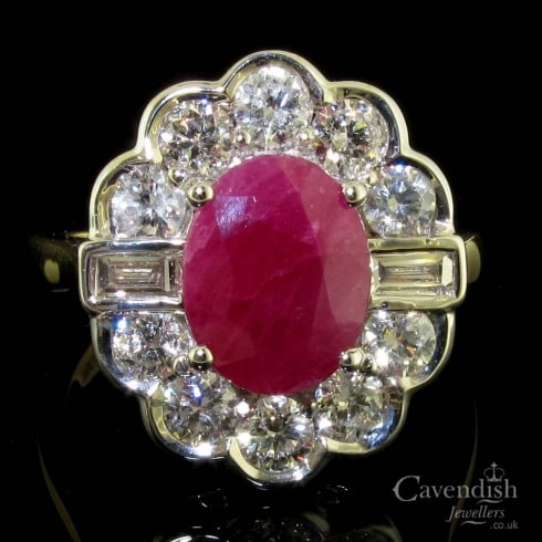 Stunning 18ct Gold Ruby And Diamond Cluster Ring