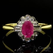 Superb 18ct Gold Ruby And Diamond Cluster Ring