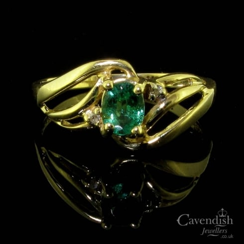 Sweet Emerald & Diamond Twist Ring