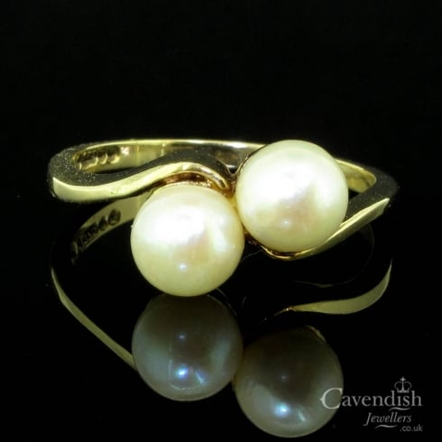 Tempting 9ct Gold & Cultured Pearl Twist Ting