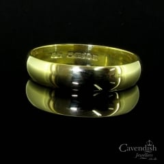 Traditional 9ct Gold Wedding Band Ring