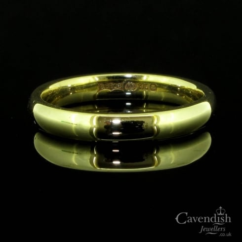 Traditional 9ct Yellow Gold Band