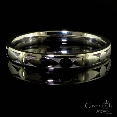 Unusual 18ct White Gold Harlequin Pattern Wedding Ring