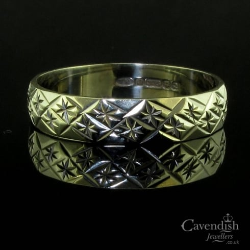Vintage 9ct White Gold Patterned Band