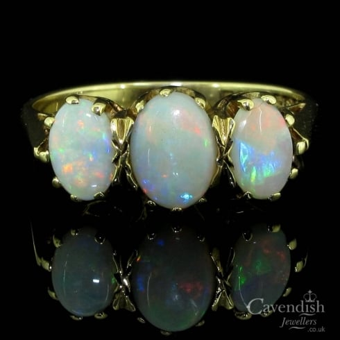 Wonderful 9ct Gold And Opal Trilogy Ring