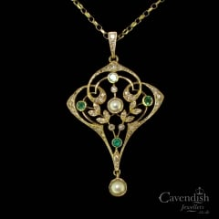 Wonderful Gold, Emerald, Pearl and Diamond Pendant Necklace